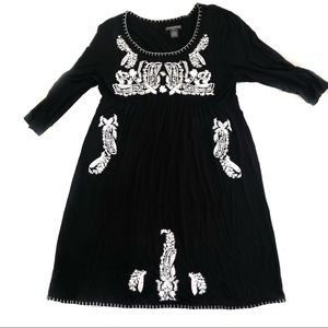 Chelsea & Theodore Black Embroidered Dress - XL